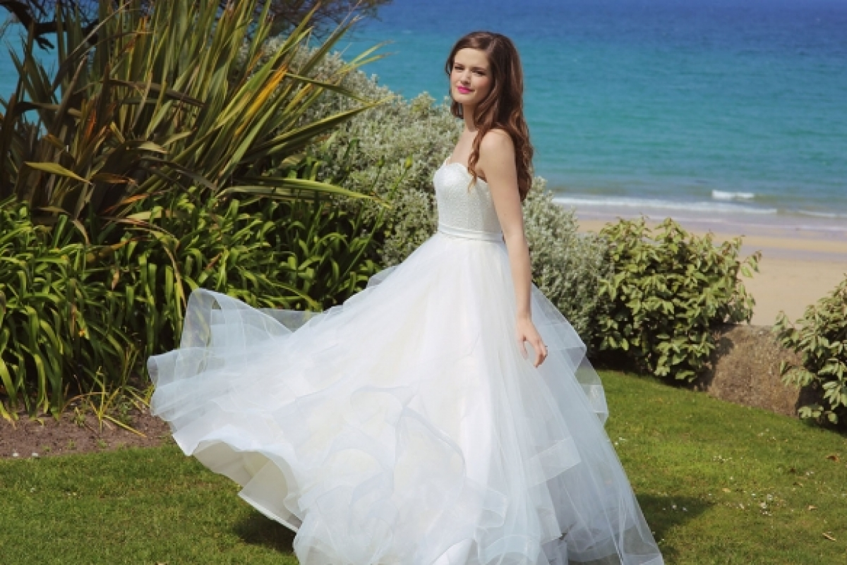 Black friday sale at st ives bridal room for Black friday wedding dresses