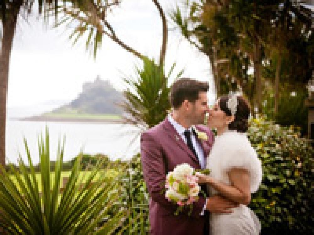Real Wedding At Crasken Farm, Cornwall