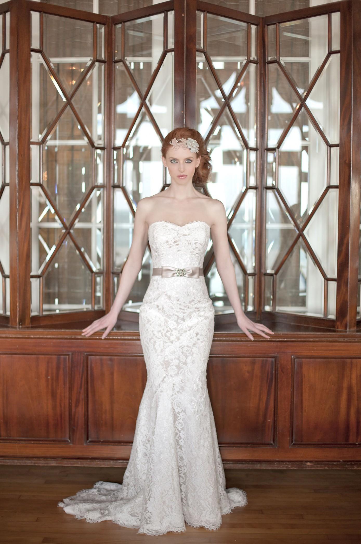Annais Bridal White Rose