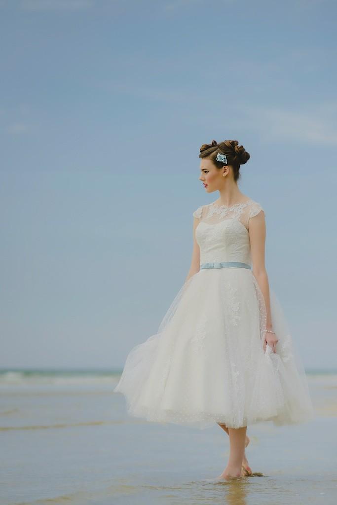 Wedding Dresses Cornwall | Lusty Glaze | Keith Riley Photography