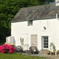 Win a midweek break or long weekend in this gorgeous cottage in the Tamar Valley from Cornish Country Cordials