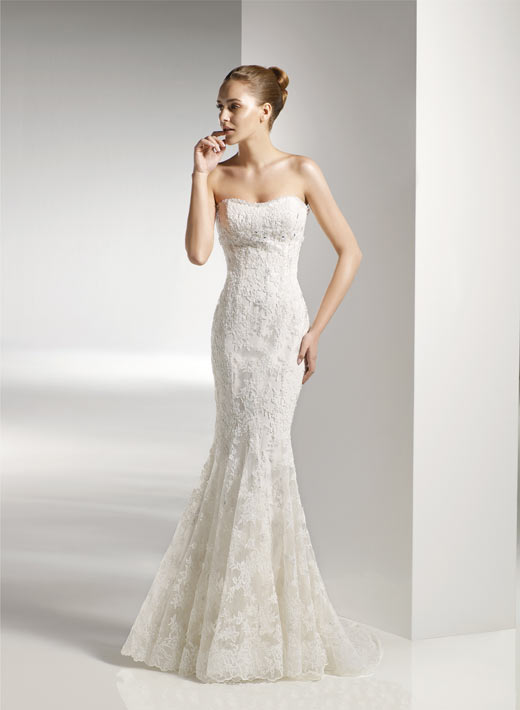 Wedding dresses cornwall body and dress shape for Mermaid shape wedding dress