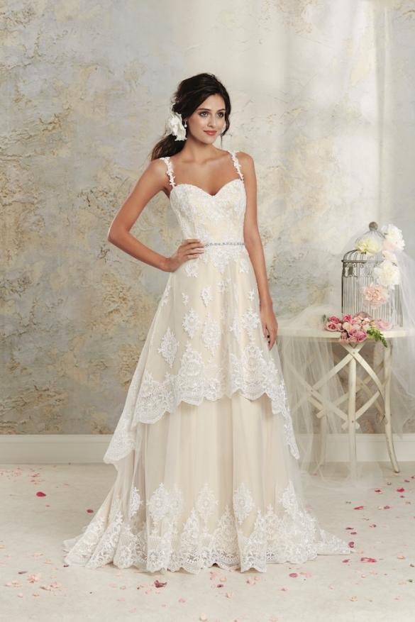 5e35857e3200 Wedding Dresses in Cornwall