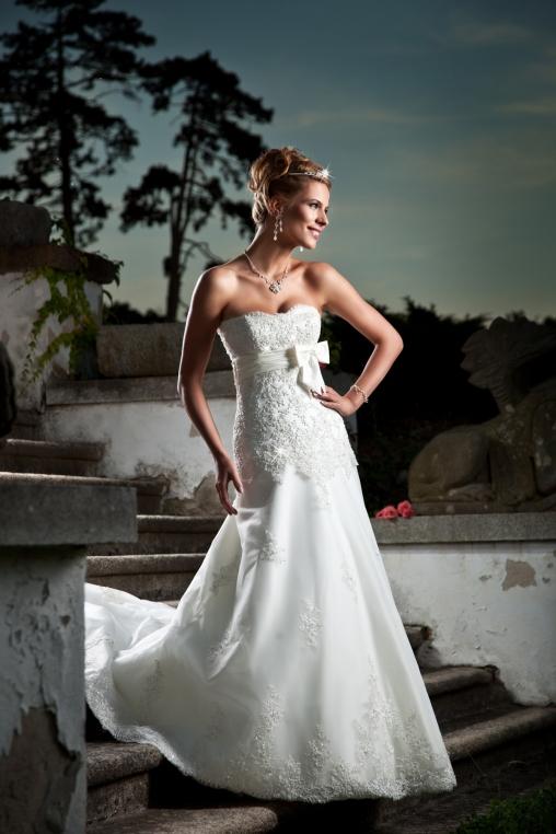 Loud Wedding Dresses