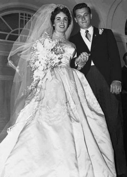 Downton abbey dresses for Elizabeth taylor wedding dress