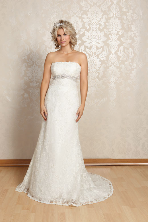 White rose wedding dresses lace wedding dresses in redlands for Wedding dresses usa online shopping