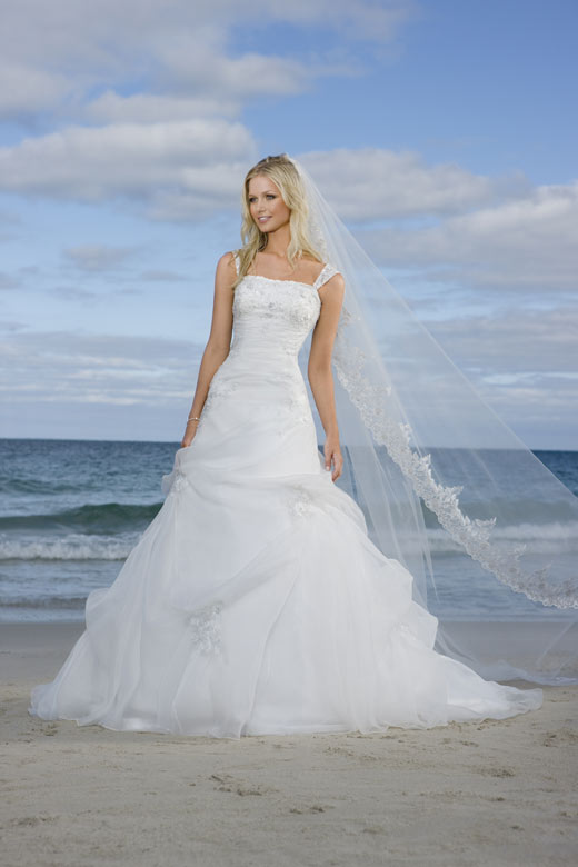 Wedding Dresses Cornwall - Themed Weddings