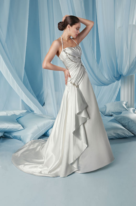 Guide to Wedding Dress Buying - Cornwall