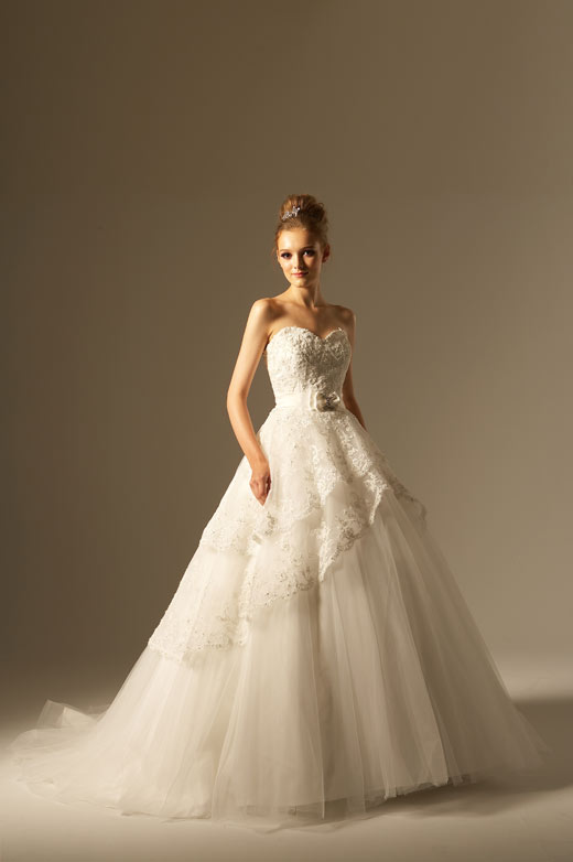 Wedding dresses cornwall top trends for Fairytale ball gown wedding dresses
